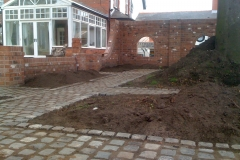 garden-wall-029